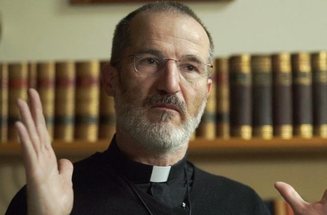 Французкий пастор против гомосексуализма