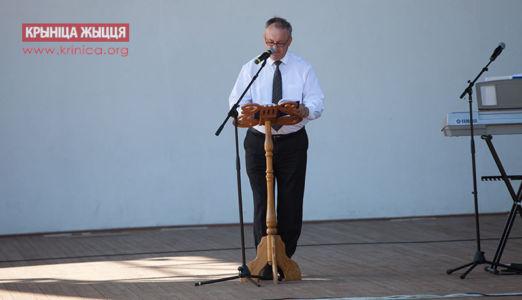 Михаил Комарчук, церковь Вифания