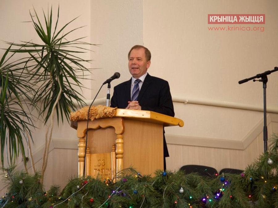 Василий Трубчик в церкви ЕХБ в д.Рубель